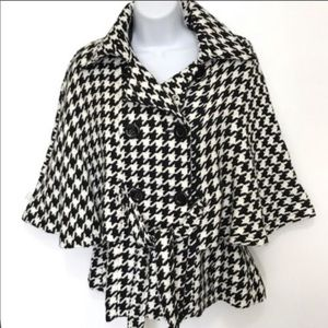 Steve Madden Houndstooth double breasted coat cape